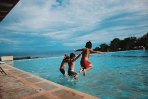 5 Things You Need to Do Before Leaving on Vacation